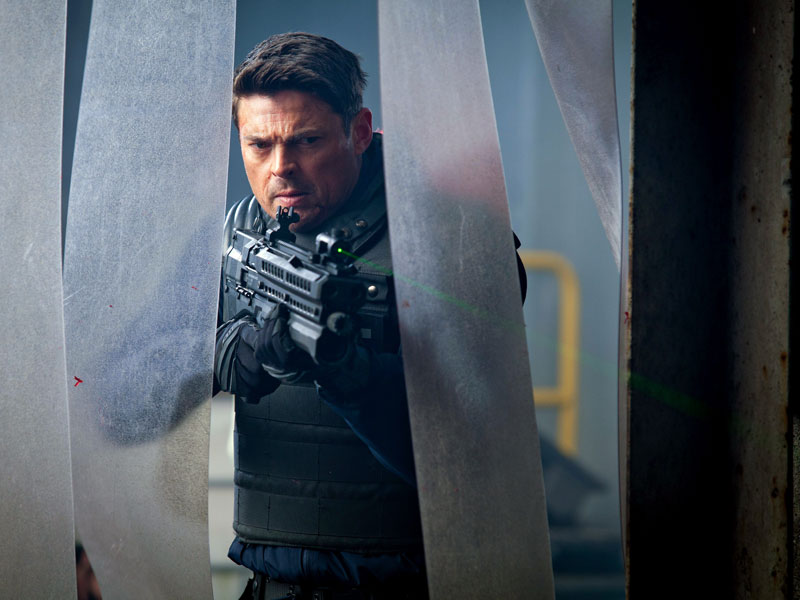 Karl Urban_Almost Human