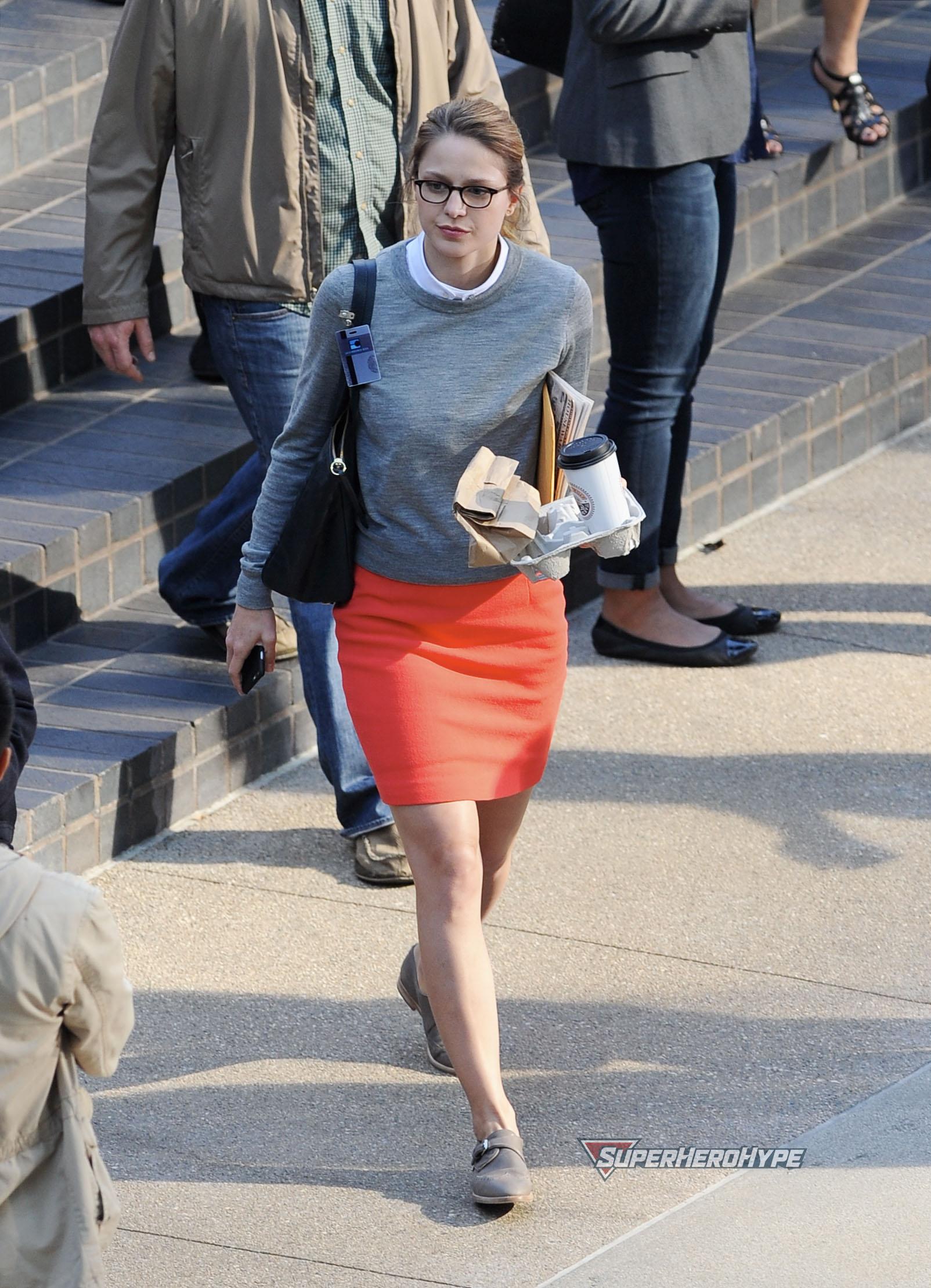 "Melissa Benoist filming ""Supergirl"""